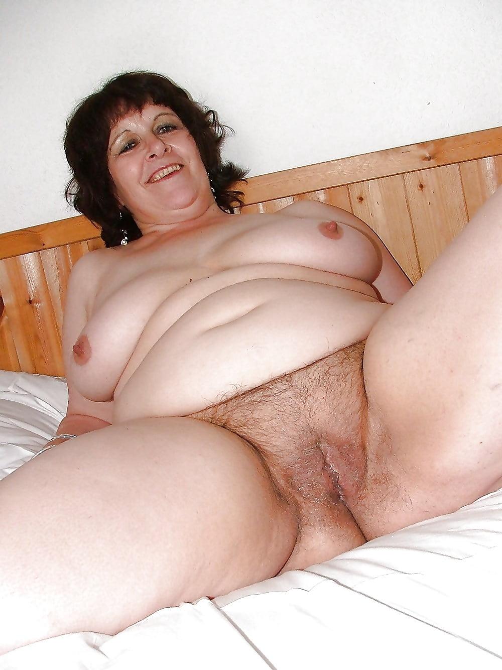 Chubby mature sex pics, women porn photos