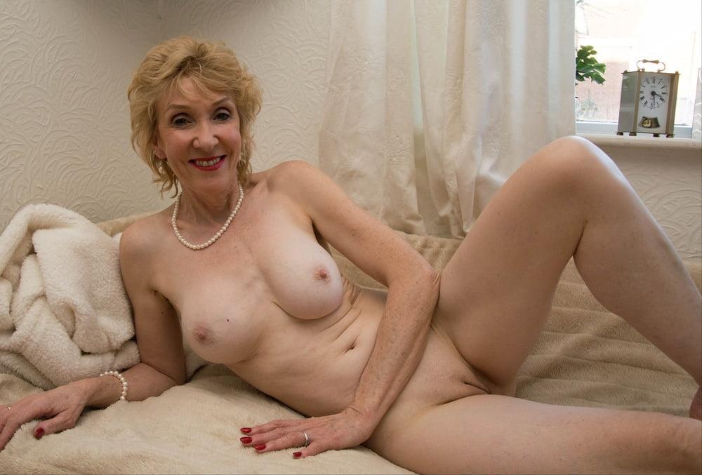 Oily sex pic