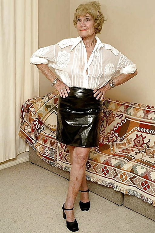 cum-all-over-grandma-fat-ass-skirt-xxx