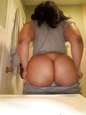 Thick black midget