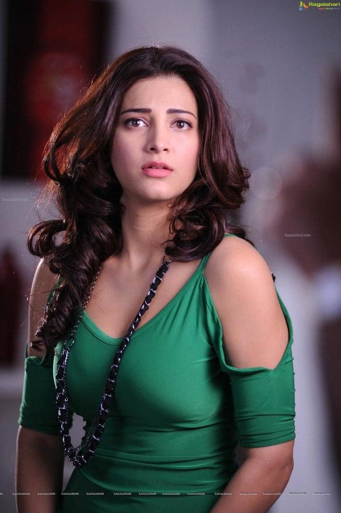 Actress - 9 Pics