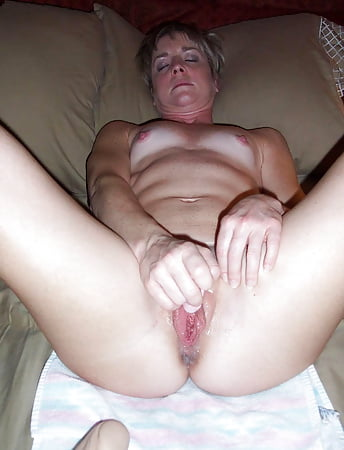 sexy white flat ass women sextapes