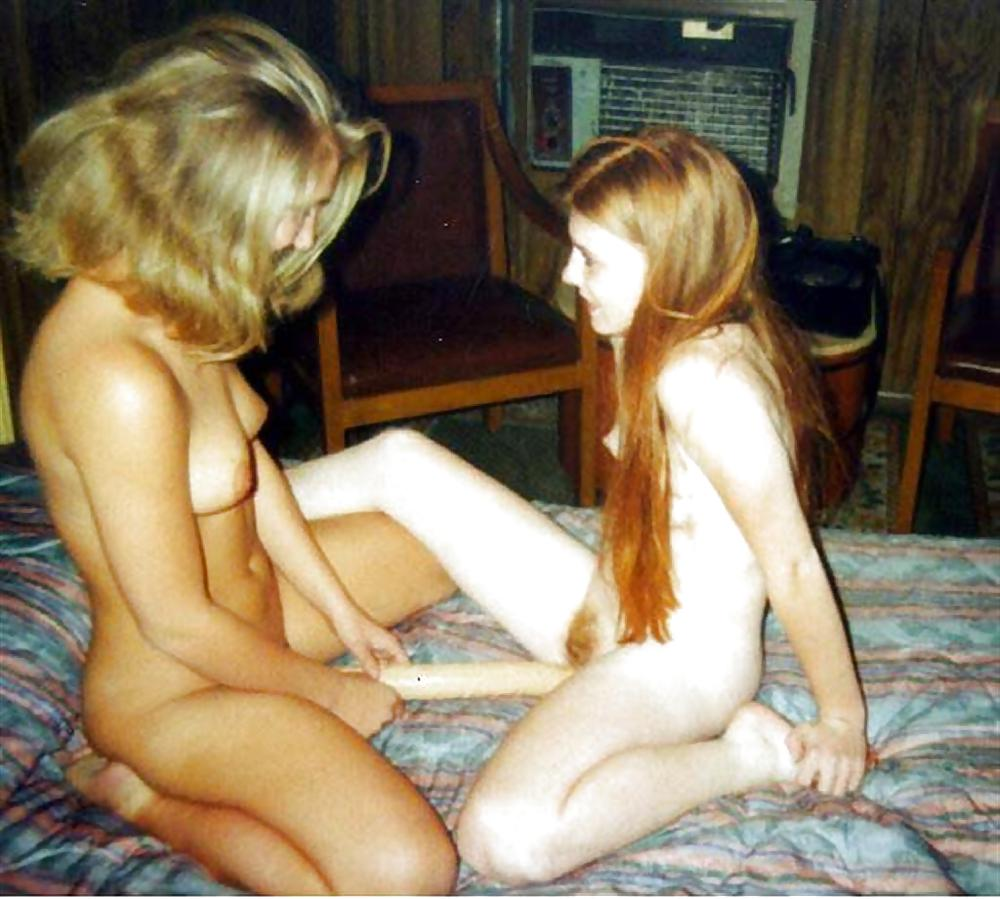 Brunette girlfriend amps his cock up for some hot action - 1 4