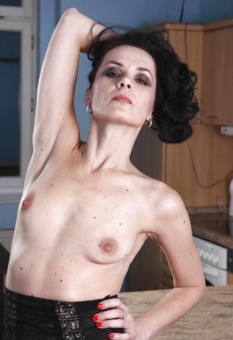 Плоскогрудые зрелые женщины фото — photo 2