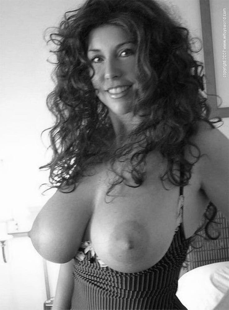 girl-sex-curly-hair-big-boob-brunette-cum