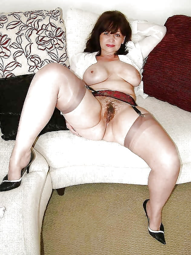 porno-matyurki-v-chulkah-dorosliy-seks-foto