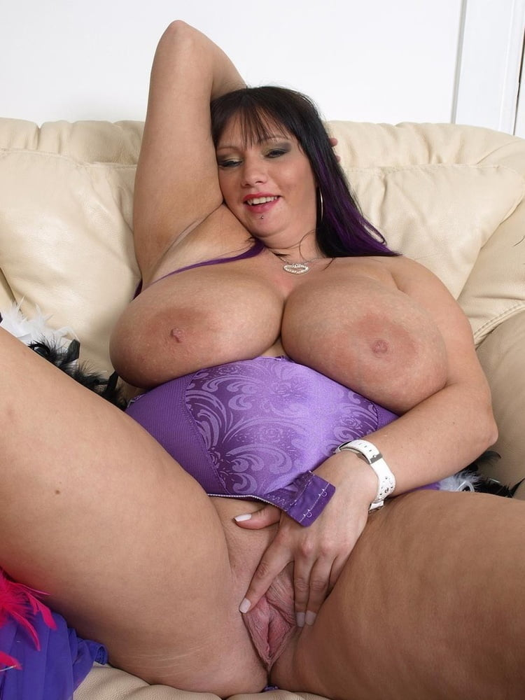 Hot milf seduces young girl